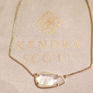 Kendra Scott necklace. EUC.